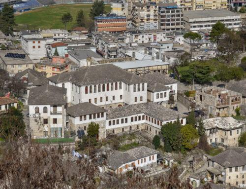 Gjirokastra drejt rrënimit, si po zhduket qyteti muze